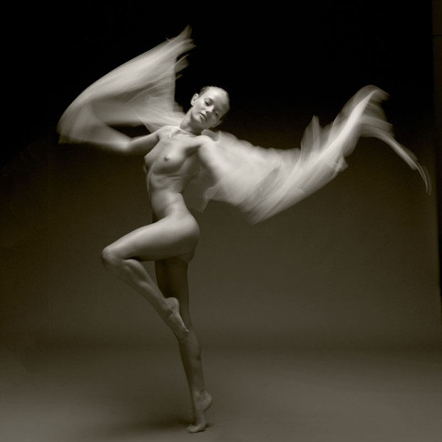 Fly Artistic Nude Photo by Photographer John Evans