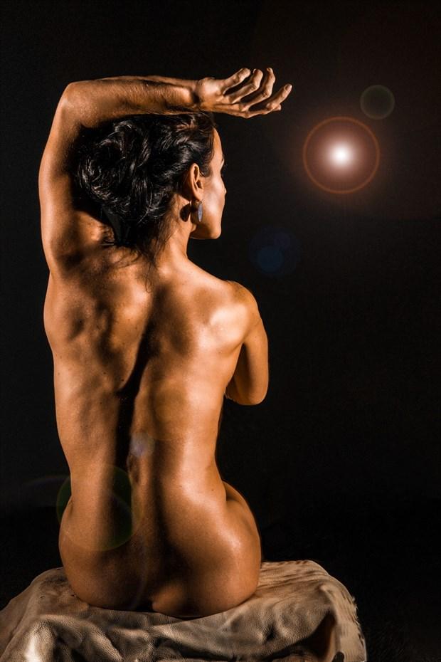 Follow the Light Artistic Nude Photo by Model AnayaVivian