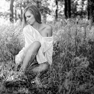 Forest fairy Glamour Photo by Photographer Momasko