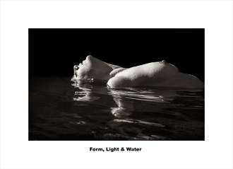 Form, Light & Water Artistic Nude Photo by Photographer CalidaVision