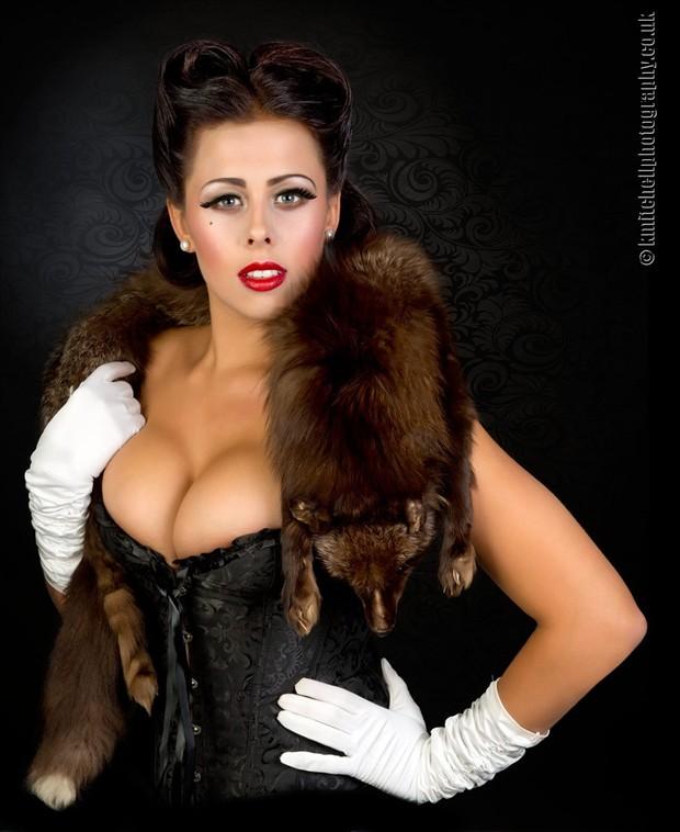 Foxy Fashion Photo by Photographer Keith Mitchell