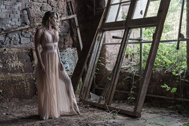 Frames Natural Light Photo by Photographer Ghost Light Photo