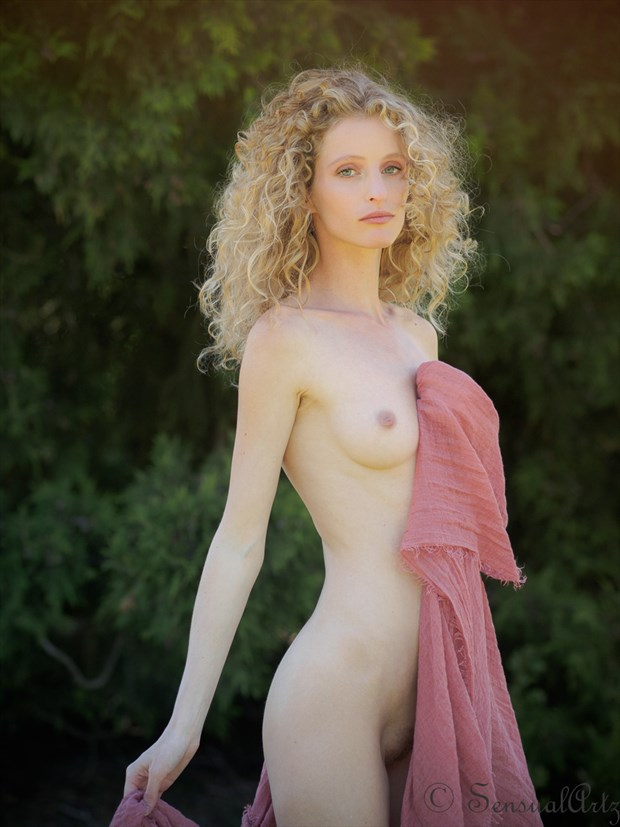 Fredau Artistic Nude Photo by Photographer Sensual Artz