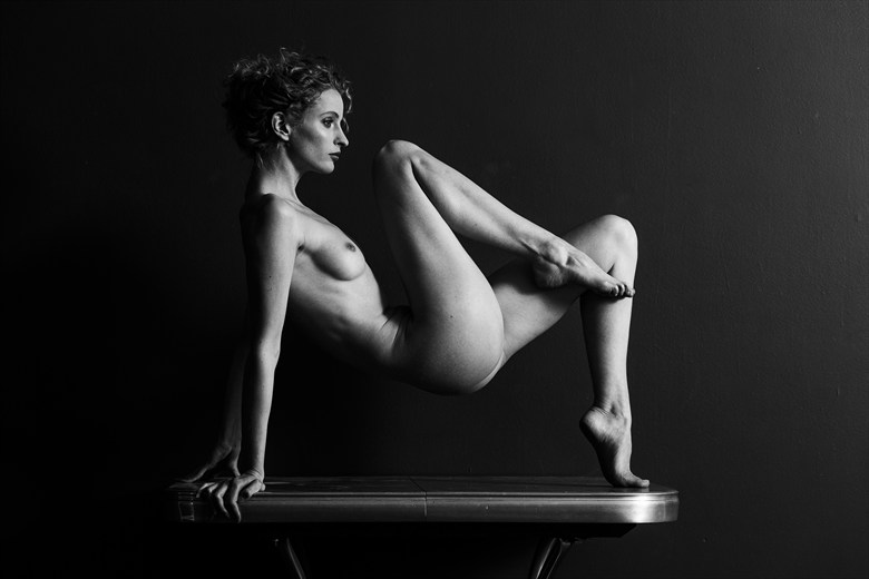 Fredau Artistic Nude Photo by Photographer iancentric