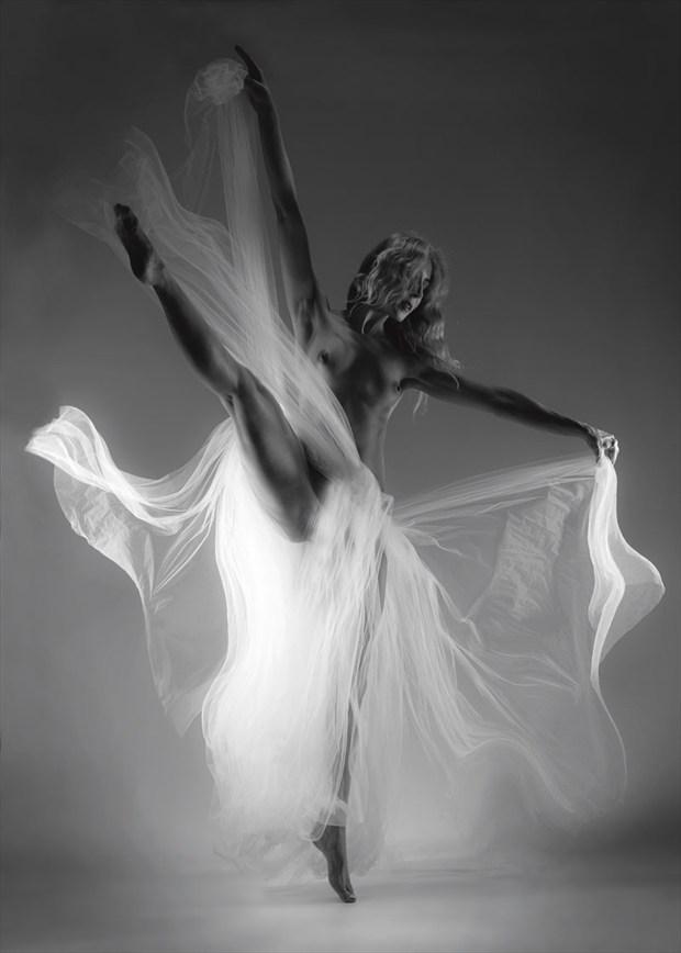 Freespirit II Artistic Nude Photo by Photographer John Evans