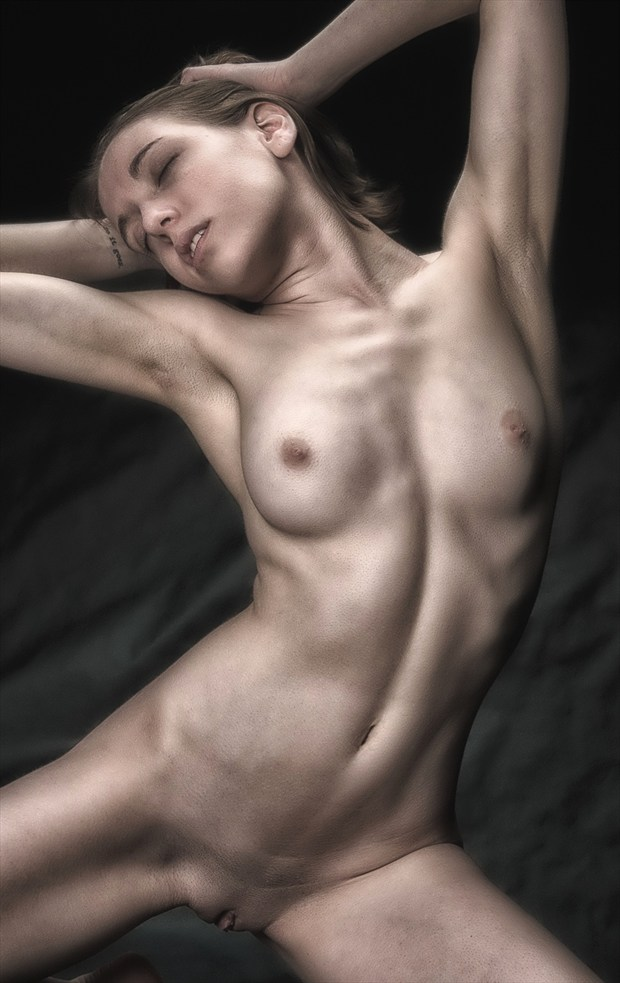 Full Arc Artistic Nude Photo by Photographer rick jolson