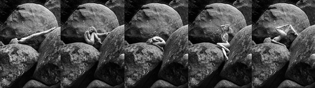 Give me five! %C2%AB grace meets granite %C2%BB Artistic Nude Photo by Photographer Thomas Bichler