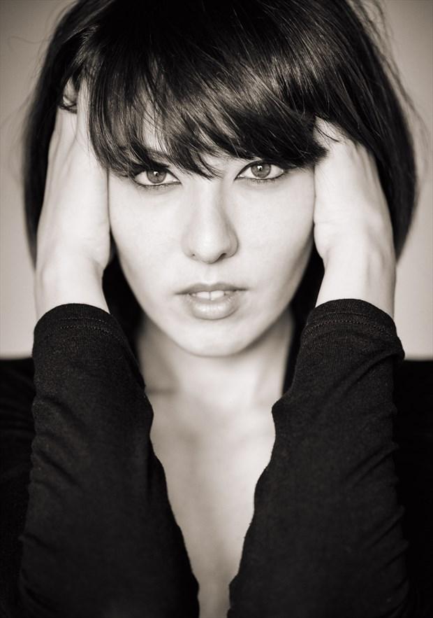 Glamour Portrait Photo by Photographer Raemond