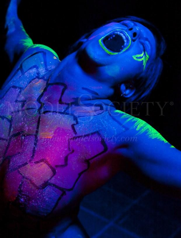 Glow Scream Artistic Nude Photo by Photographer R. Scott Anderson