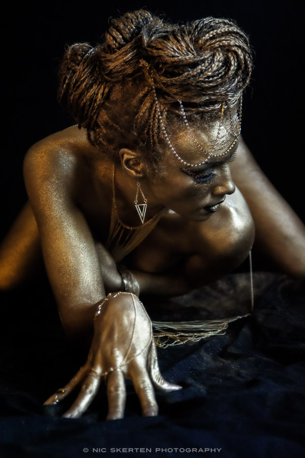 Gold I Artistic Nude Photo by Photographer nicnic