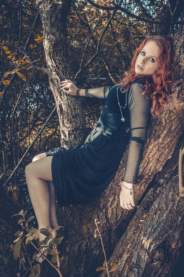 Goth up a tree  Alternative Model Photo by Model  Pinklilith