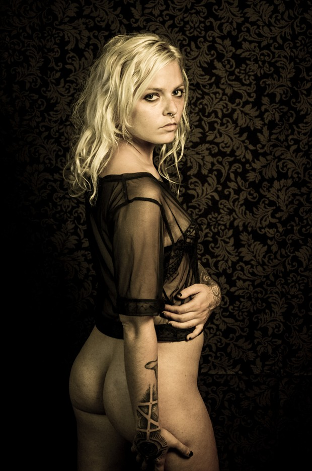 Graham Mandible, September 2013 Artistic Nude Photo by Photographer Erik Truchinski