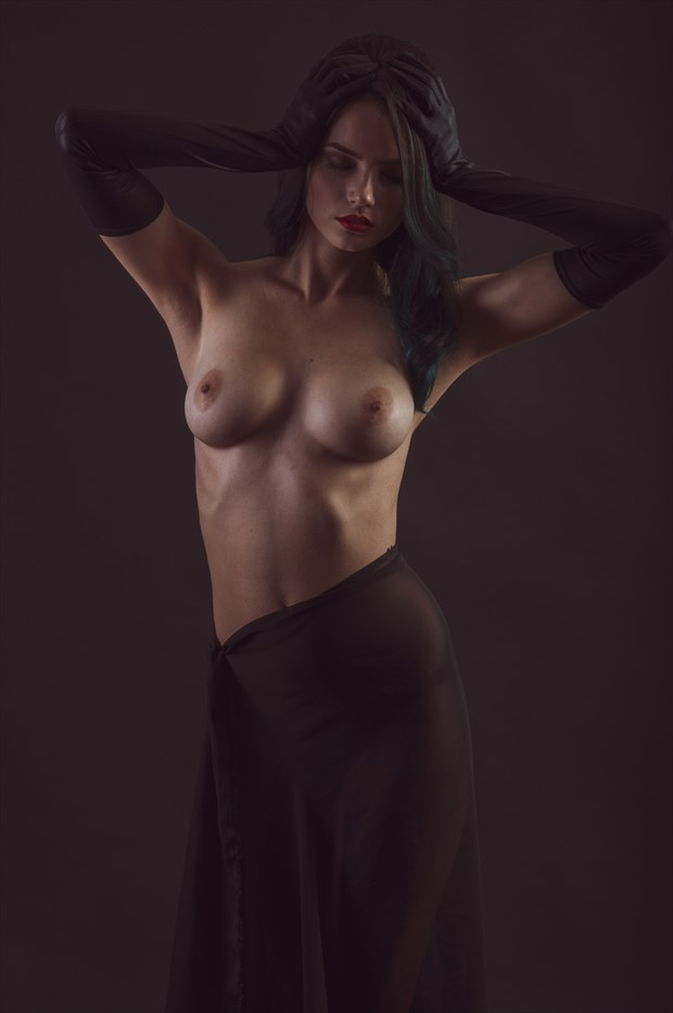 Grasp Artistic Nude Photo by Photographer Eldritch Allure