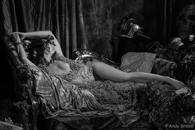 Greek nude  Artistic Nude Photo by Model T
