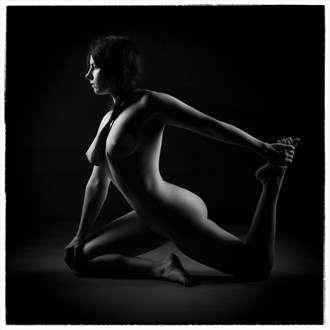 H1 Artistic Nude Photo by Photographer eosos