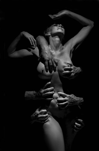 Hands Artistic Nude Artwork by Model Sirsdarkstar