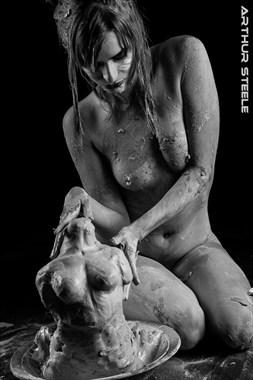 Hannah's Sculpture Artistic Nude Photo by Photographer Arthur_Steele
