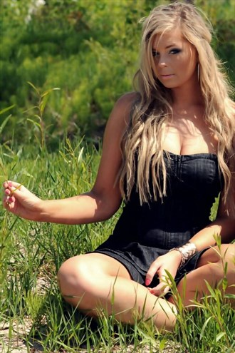 Hippie chic Nature Photo by Model Jessica Ann