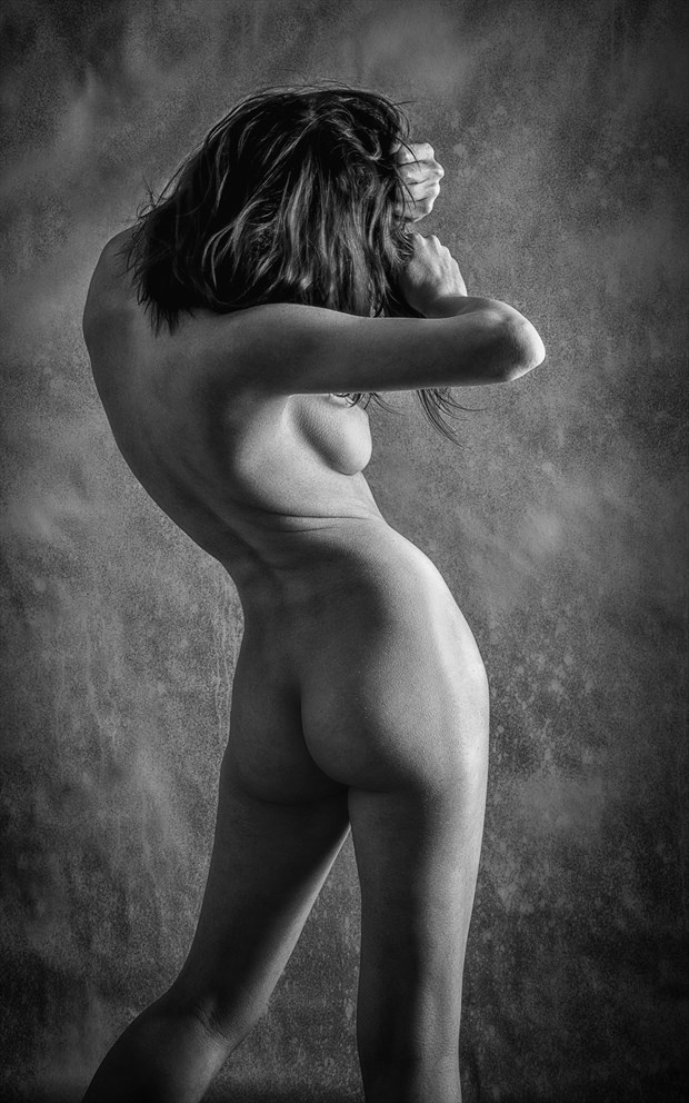 Hipster   Mono Artistic Nude Photo by Photographer rick jolson