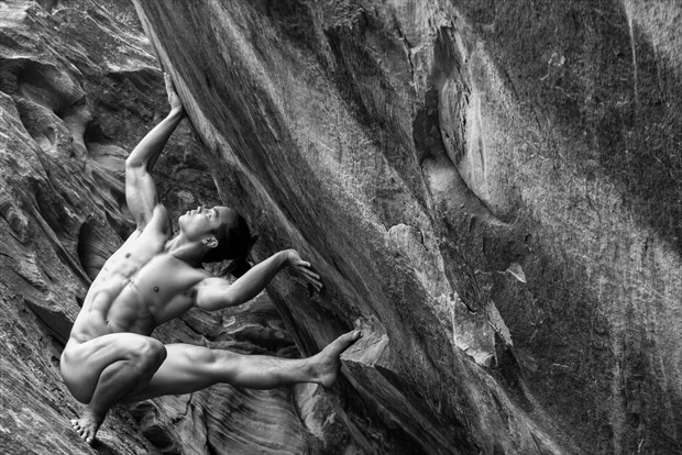Holding Up the World Artistic Nude Photo by Photographer MickeySchwartz