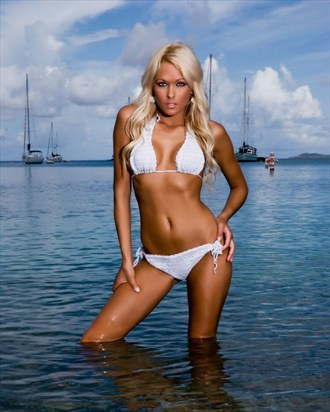 Holly Bikini Photo by Photographer OutVision