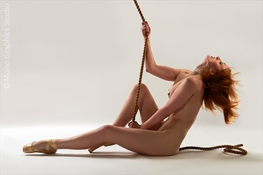 Homage to Flashdance Artistic Nude Photo by Model Mimsey