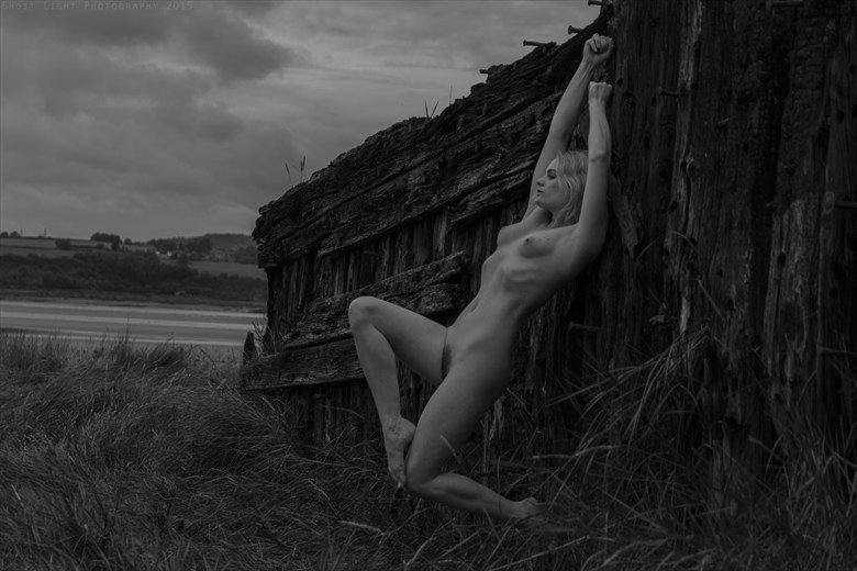 Hopeless Wanderer Artistic Nude Photo by Photographer Ghost Light Photo
