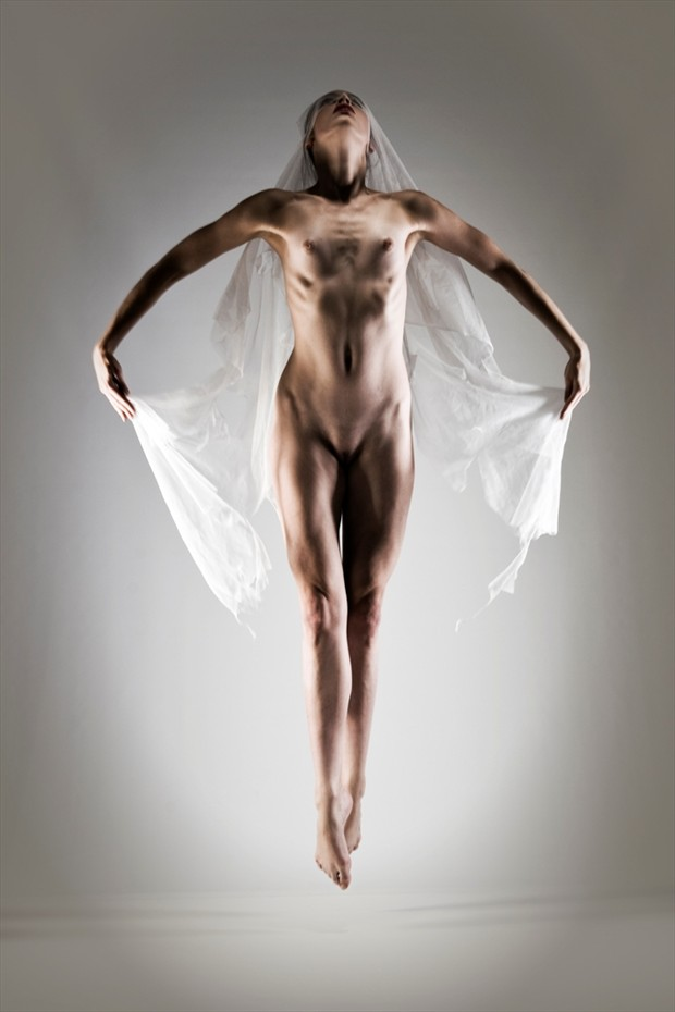 Hover Artistic Nude Photo by Photographer John Evans