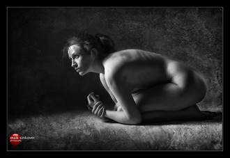 Hunch Artistic Nude Photo by Model D%C3%A9irdre J