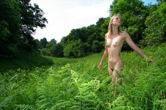 Hunted Artistic Nude Photo by Photographer nickowen