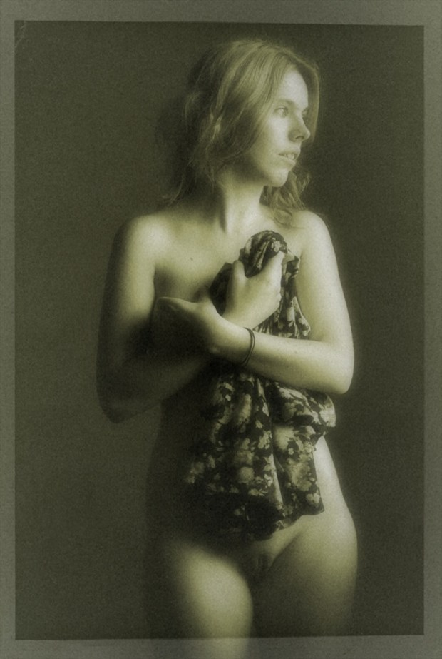 I'm covered Artistic Nude Photo by Photographer dvan