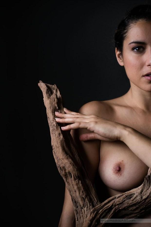 I am Half Tree Artistic Nude Photo by Model Reece de la Tierra
