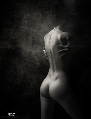 INSIDE Artistic Nude Photo by Artist GonZaLo Villar