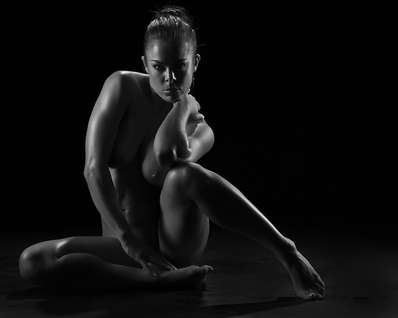 If looks could kill Artistic Nude Photo by Model Ceara Blu