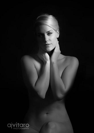 Illuminari Artistic Nude Photo by Photographer AJVitaroPhoto
