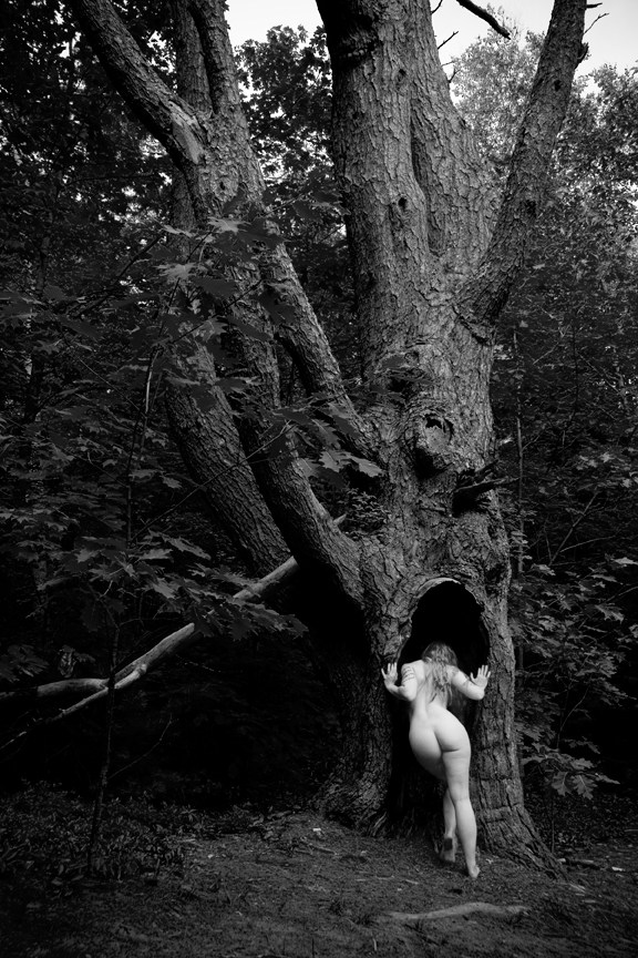Image by: Deacon Blues Artistic Nude Photo by Model Alexandra Vincent