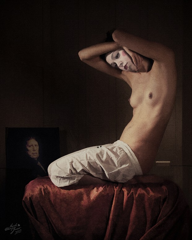 In Memory Artistic Nude Photo by Photographer Mark Davy Jones