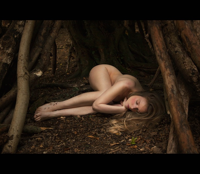 In a forest deep and dark Artistic Nude Photo by Model Muse