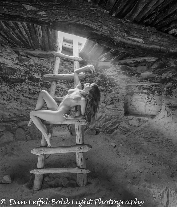 In the Kiva at Lake Powell Artistic Nude Photo by Photographer Danlhsb