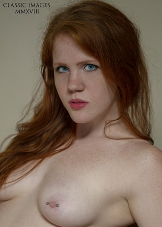 Ivy Haze looking red and delicious   portrait crop Artistic Nude Photo by Photographer FiiP