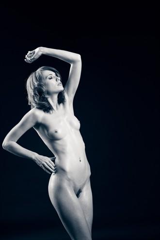 Jammy Lou Artistic Nude Photo by Photographer Daniel Hubbert