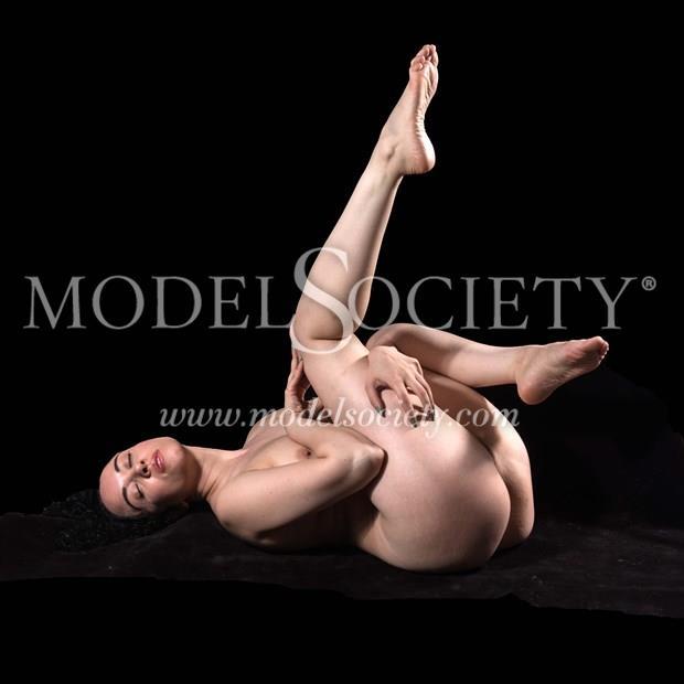 Jenn Artistic Nude Photo by Photographer Mass Photo Guy