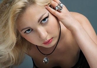 Jewellery photoshoot 2 Glamour Photo by Photographer Andr%C3%A9 Santos