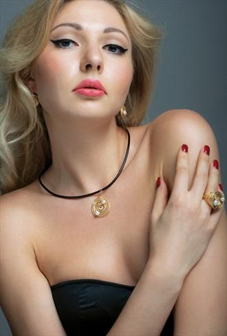 Jewellery photoshoot Sensual Photo by Photographer Andr%C3%A9 Santos