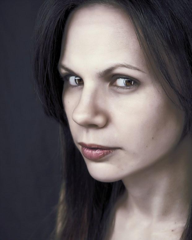 Jill 02 Portrait Photo by Photographer CarlEricPorter