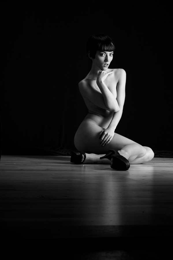 Jordann Artistic Nude Photo by Photographer AndyD10