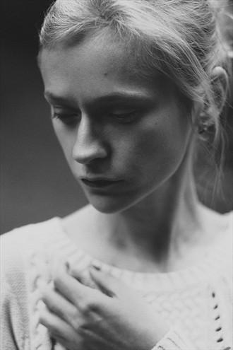 Kate Portrait Photo by Photographer Eugene Kukulka