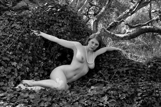 Katja Gee in nature Artistic Nude Photo by Photographer pblieden