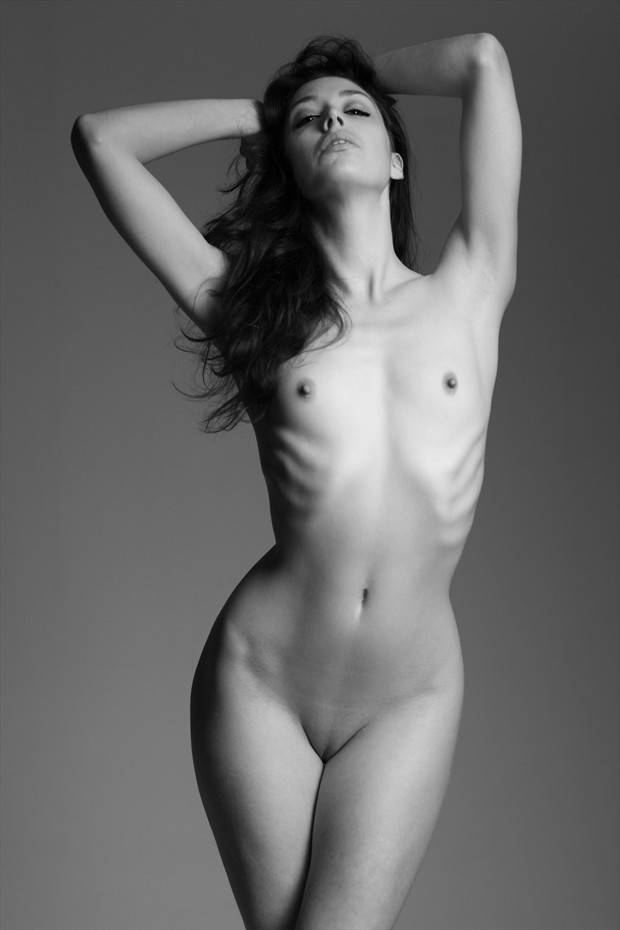 Kayleigh Artistic Nude Photo by Photographer Daniel Hubbert