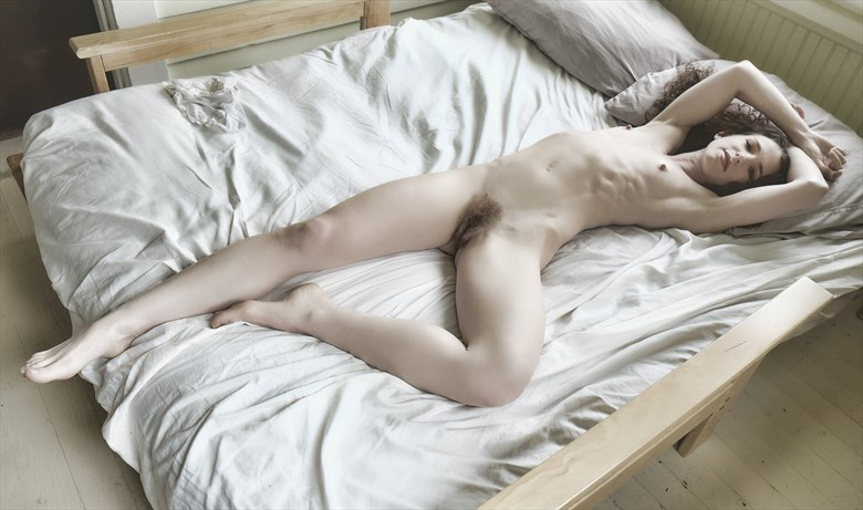 Keira reclining Artistic Nude Photo by Photographer StromePhoto